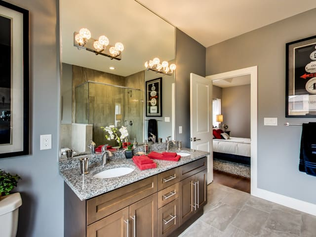 Image of Hickory Heights Model Home Bathroom